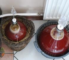 Вино из клубники в домашних условиях – рецепт простой на все времена!