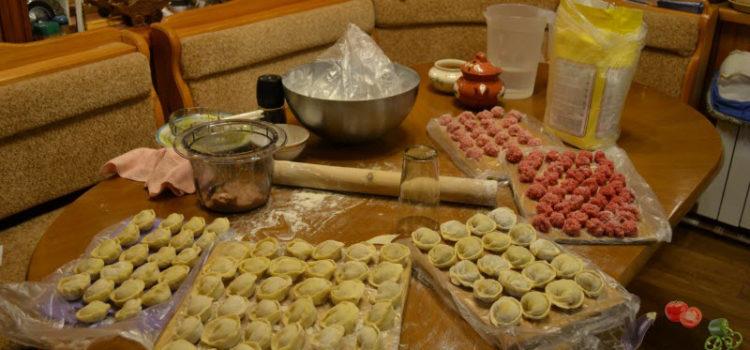 Домашние пельмени – пошаговый рецепт приготовления и секреты опытных хозяек