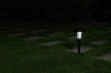садовый фонарик антимоскитный